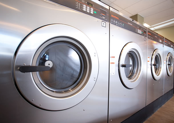 how to save and waste in the laundry room hotel management