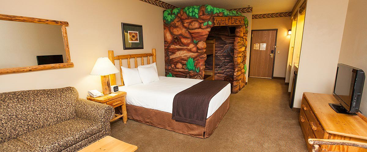 Great Wolf Lodge Opens In Southern California Hotel