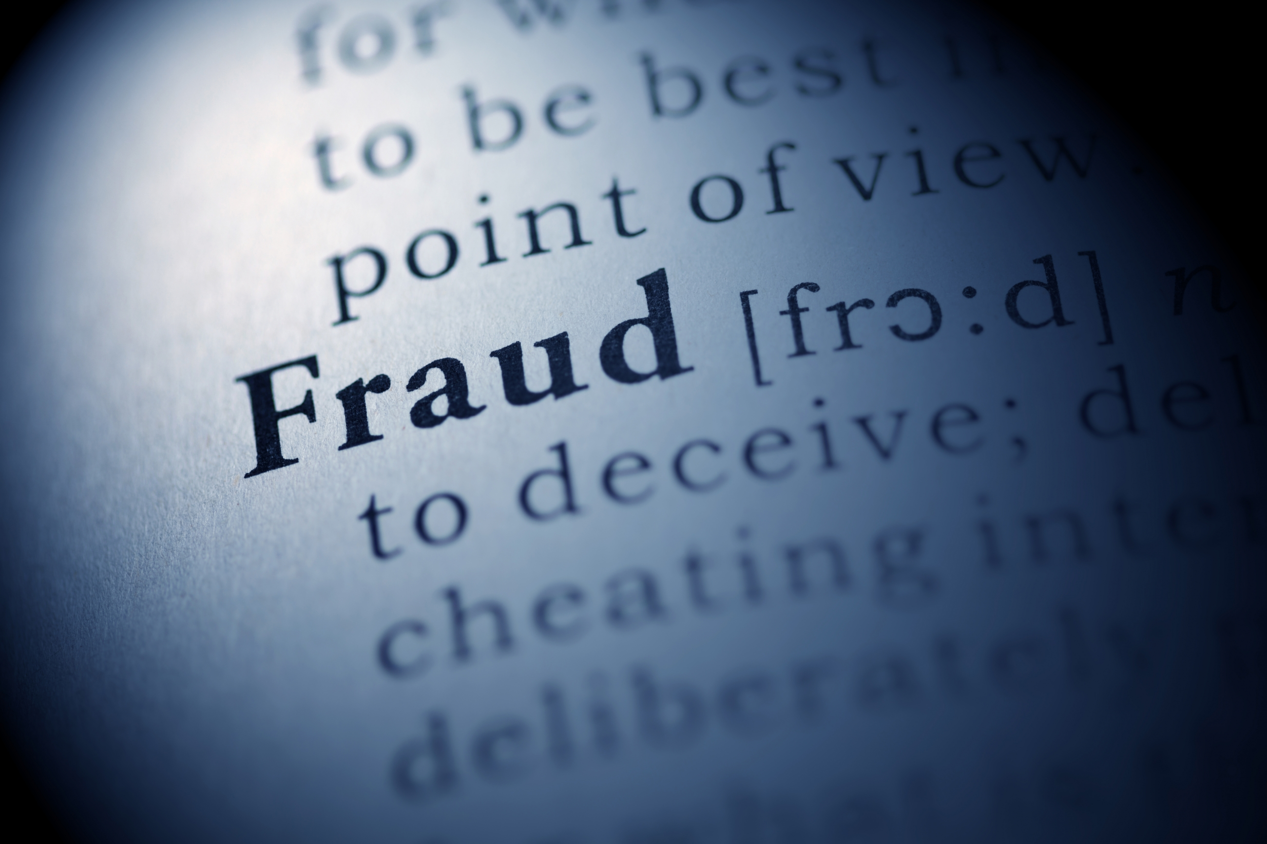 Feds charge more than 400 in national fraud bust