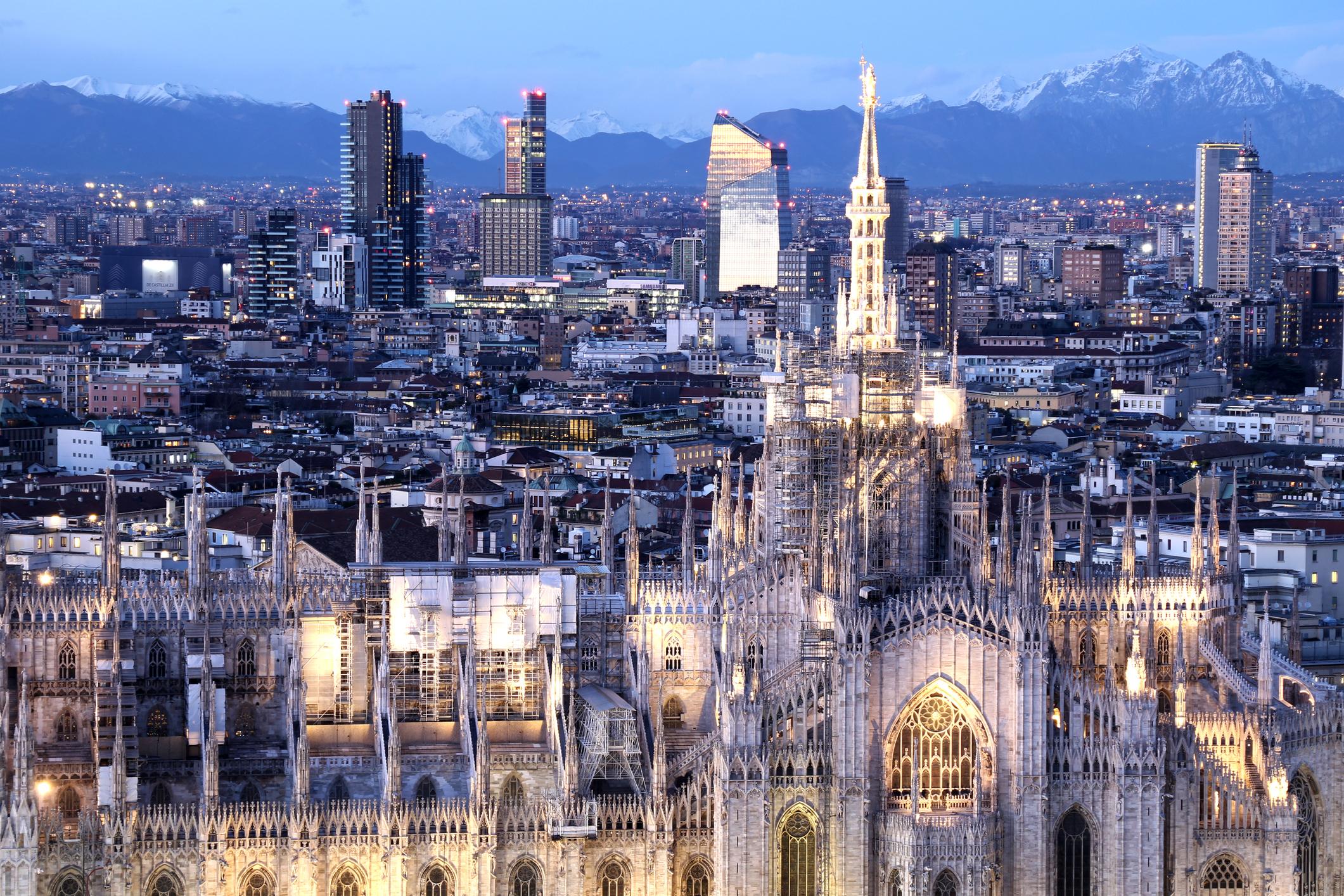 milan italy skyline cathedral development hotel tour country investor sentiment influx leads duomo lgbtq debuts operator quiiky call management