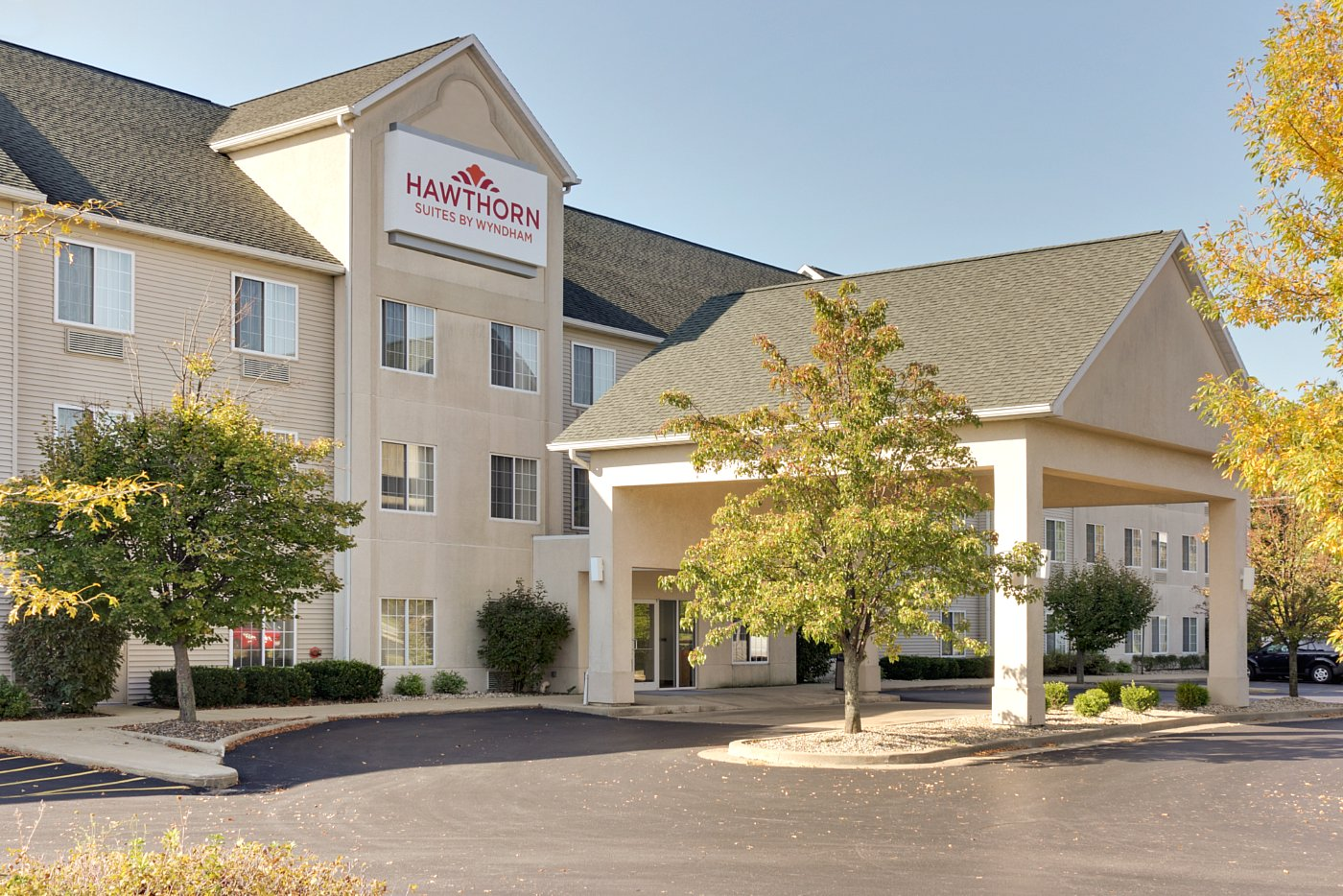 Ipd Hospitality To Manage The Hawthorn Suites By Wyndham In Decatur Ill Hotel Management