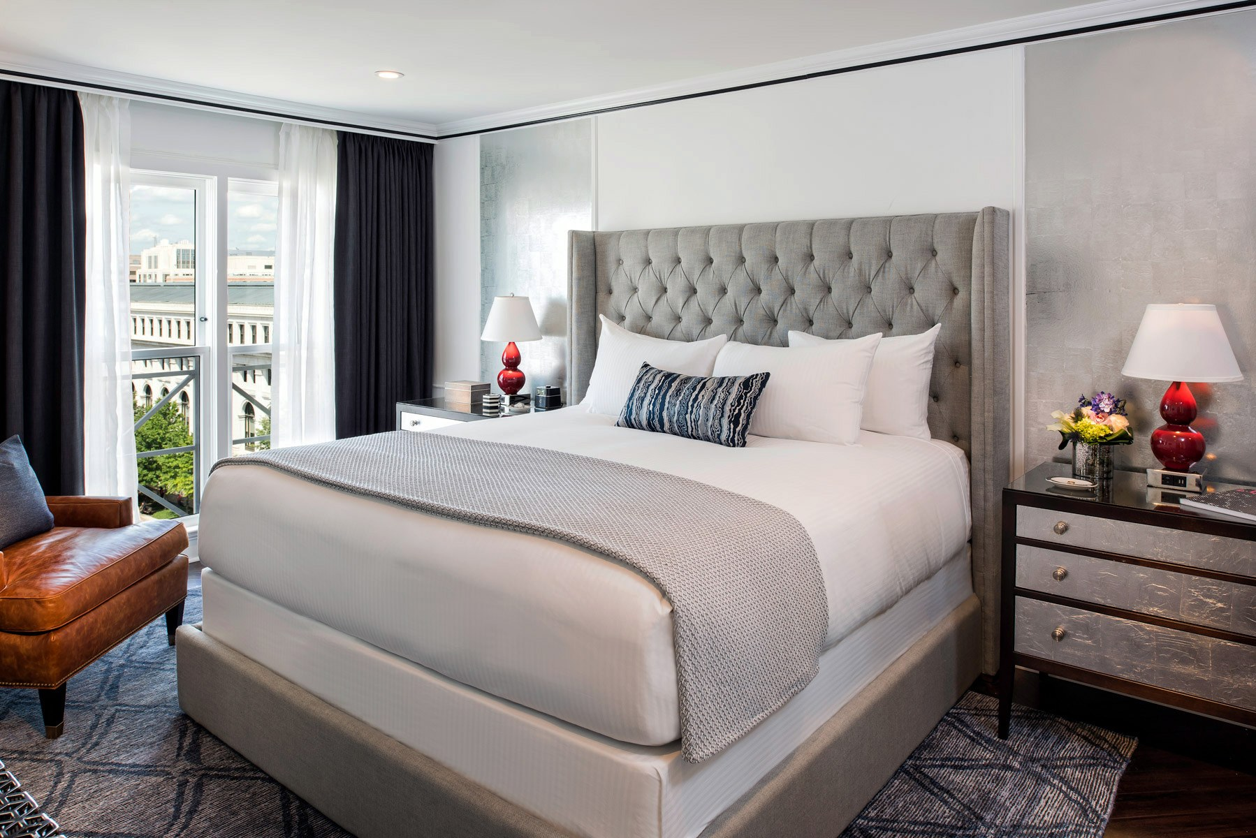 3 ways to make small guestrooms look bigger hotel management for Design hotel jena