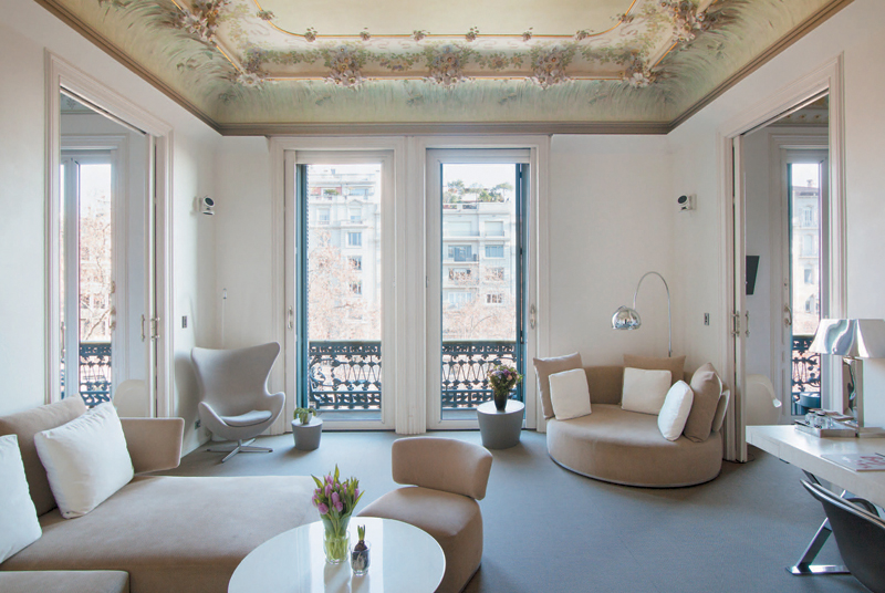 inside the manor house --el palauet living, barcelona | luxury, Innenarchitektur ideen