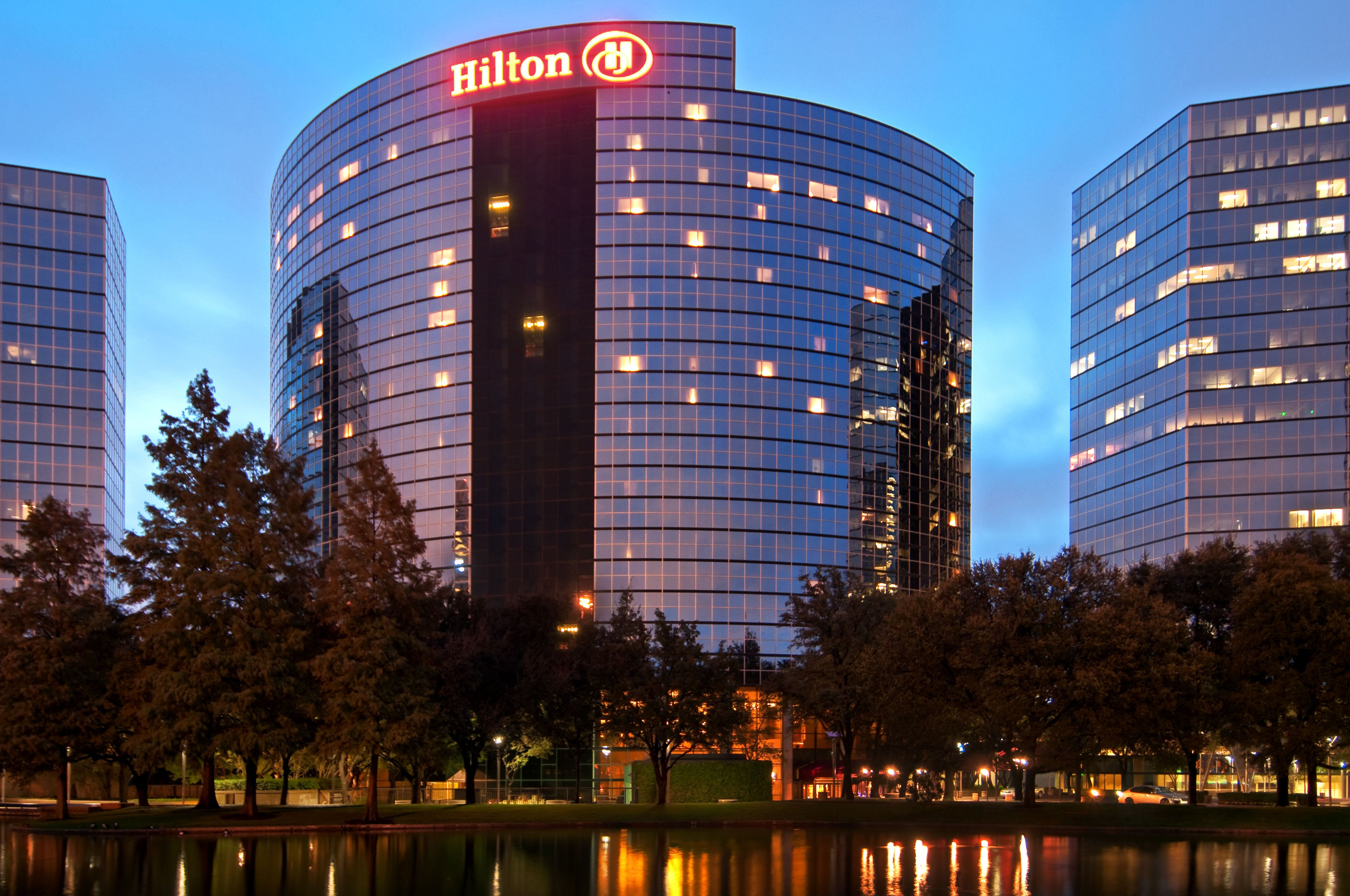 Sleeker Hilton Touts Millennial-minded, Lower-price-point