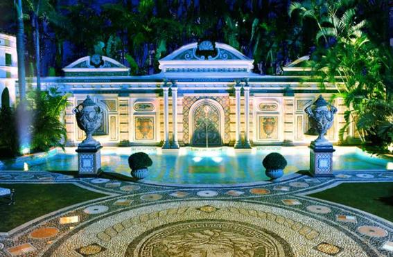 Villa by barton g reopens at versace mansion in miami for Versace mansion miami tour