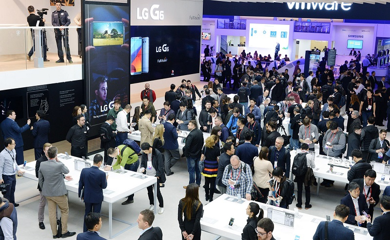 LG booth at MWC 17