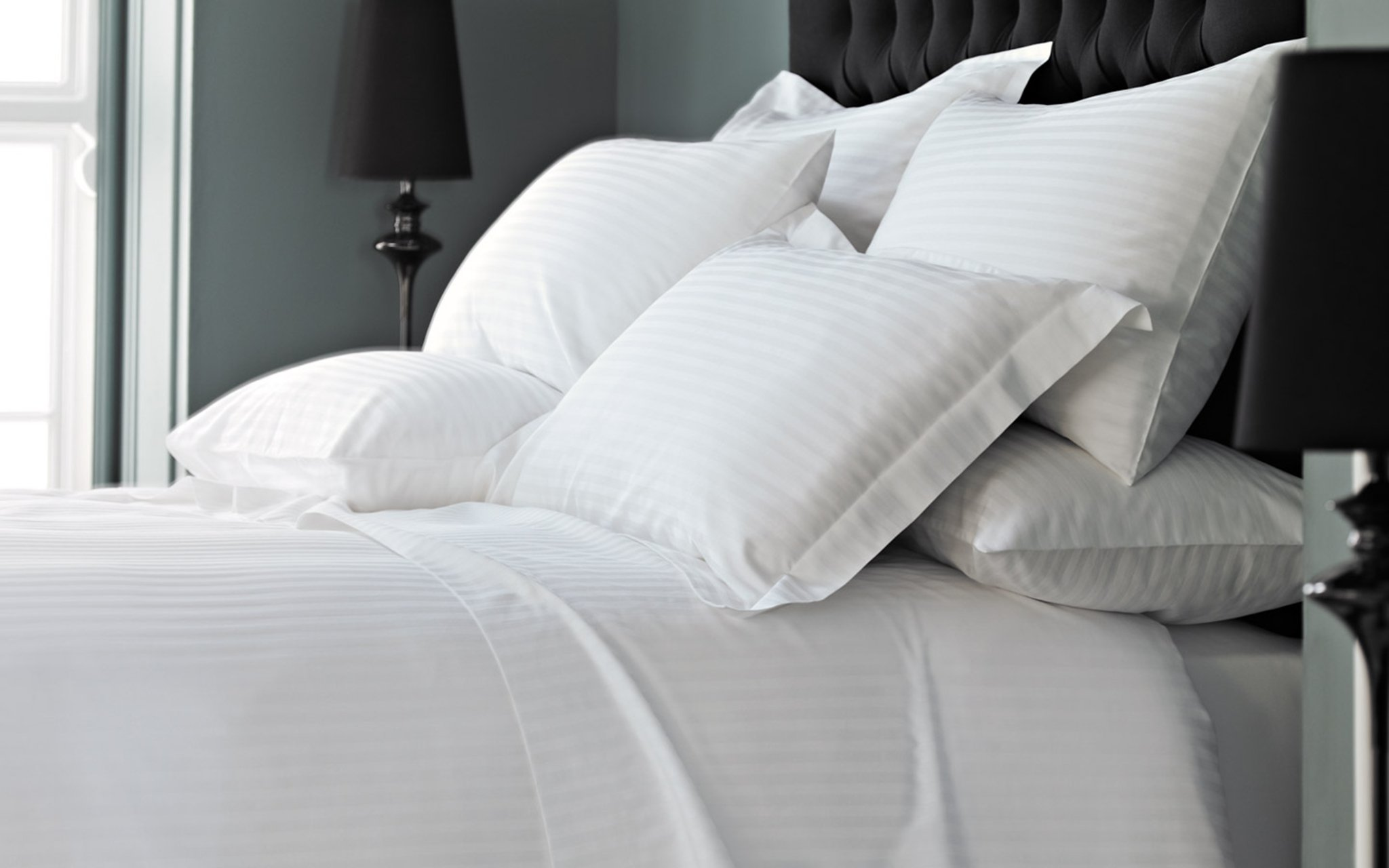 Hotel Pillows And Bedding