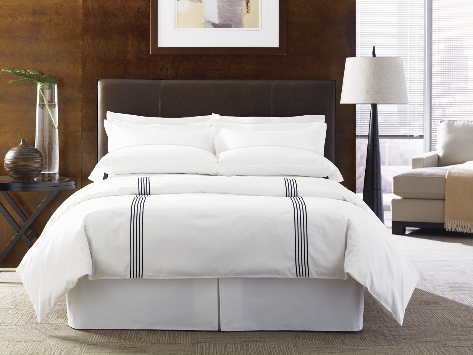 8 rules for hotel bedding to improve roi hotel management for Design hotel jena