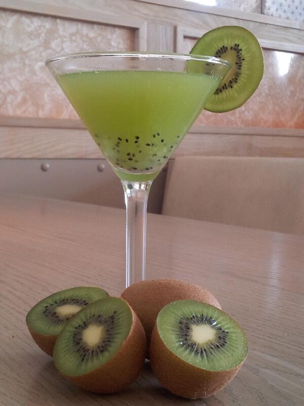 Amuse Vert cocktail recipe - Spring cocktails