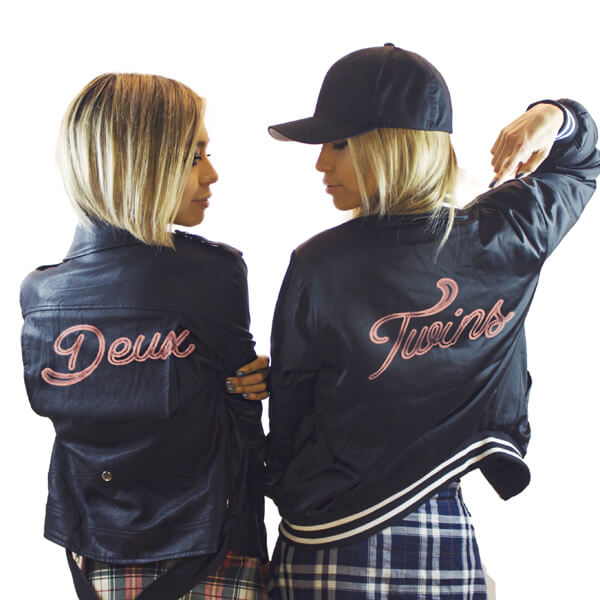 Deux twins in their custom jackets - Meet the SKAM Artist