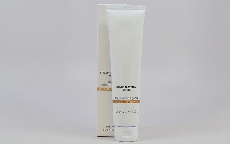 Broad Spectrum SPF 25 Sunscreen Daily Mineral Guard by CBI