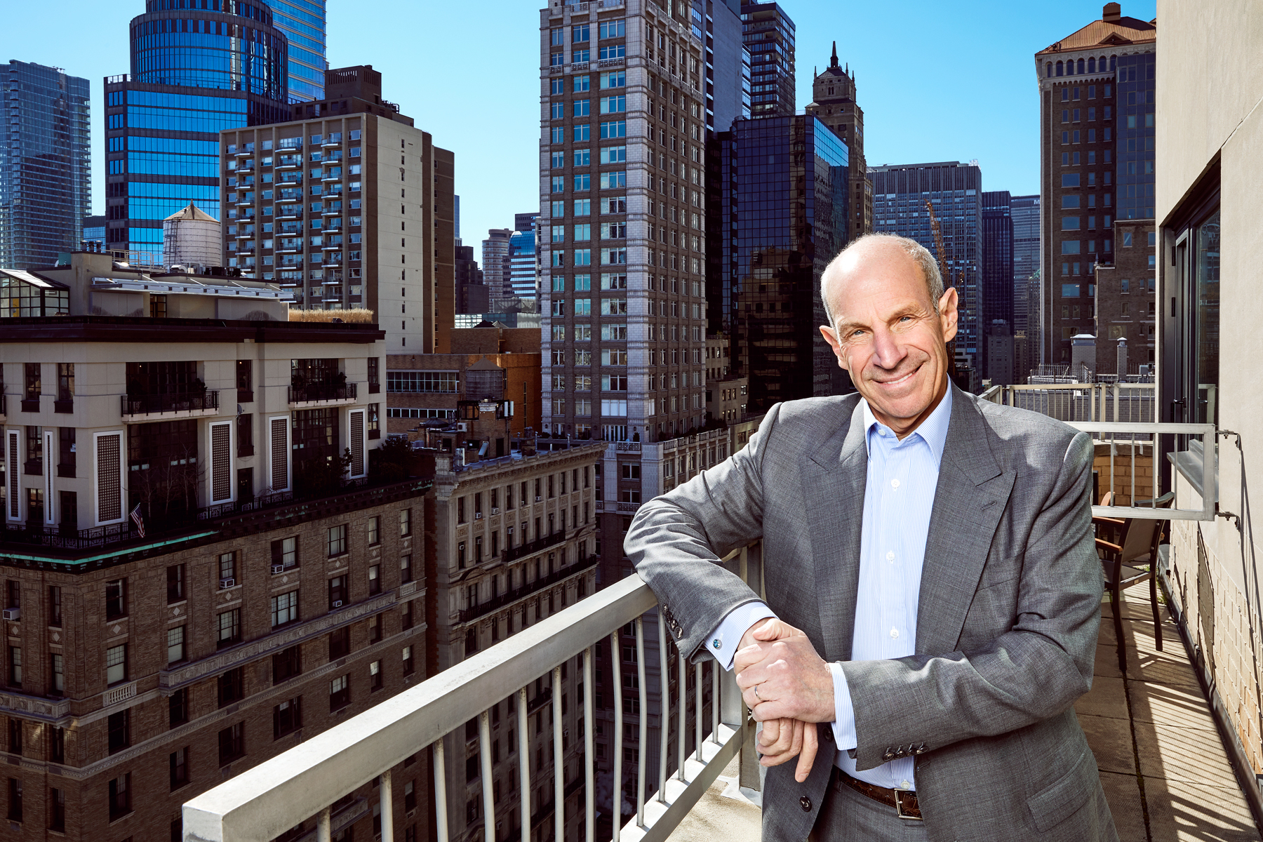 Jonathan Tisch resumed CEO duties of Loews Hotels in October 2016.