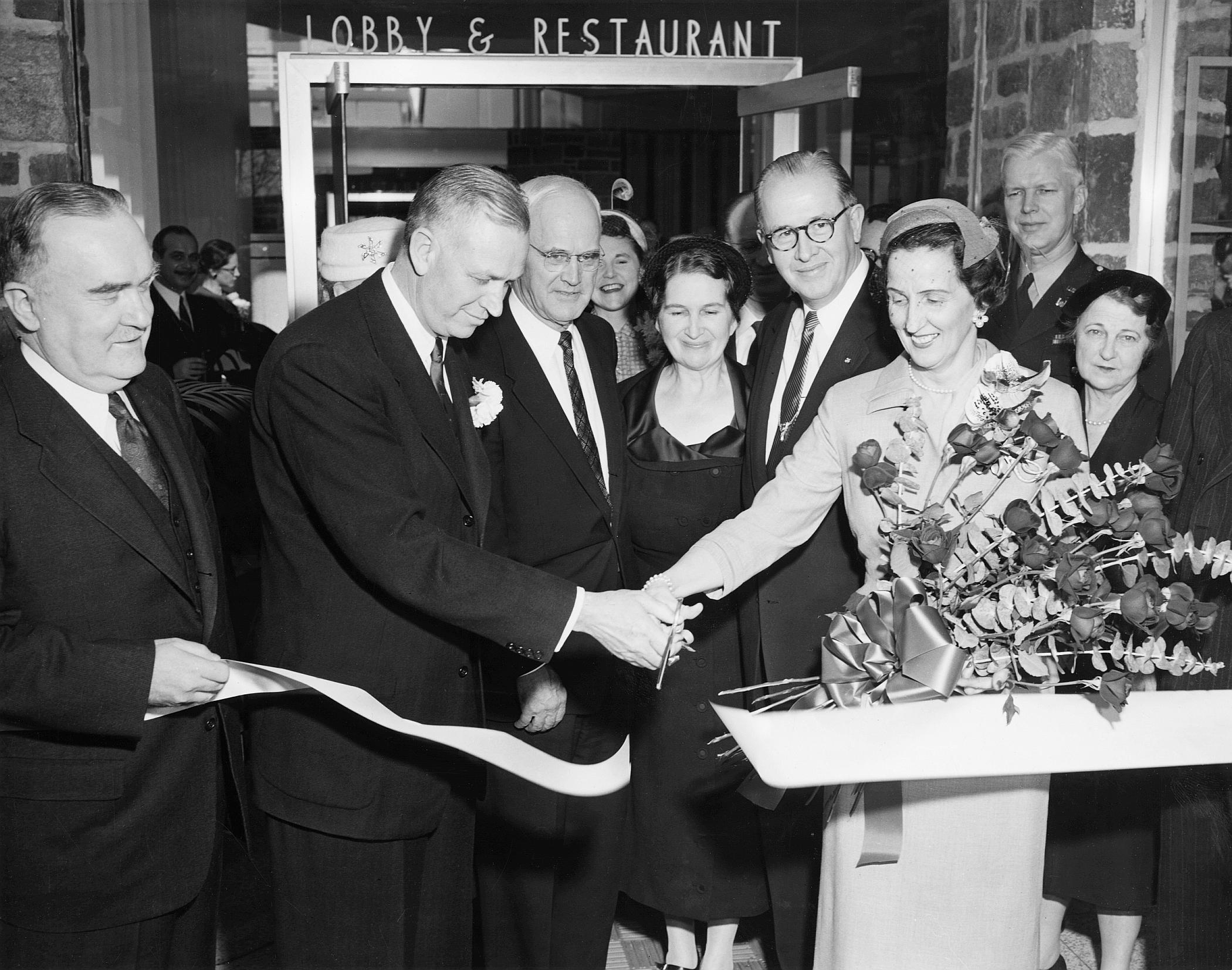 J.W. Marriott, Sr. alongside his wife, Alice, open Marriott's first hotel, the Twin Bridges Motor Hotel in Virginia.