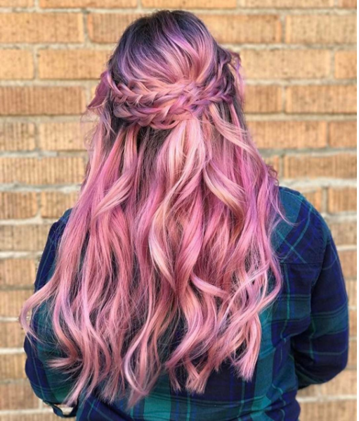 "Hair by @hairpaintingbygiovanna: ""Roots: dark shadows and 8dl 2:1 with pink booster. Mids and ends: 9ar and 10rg equal parts with pink booster."""