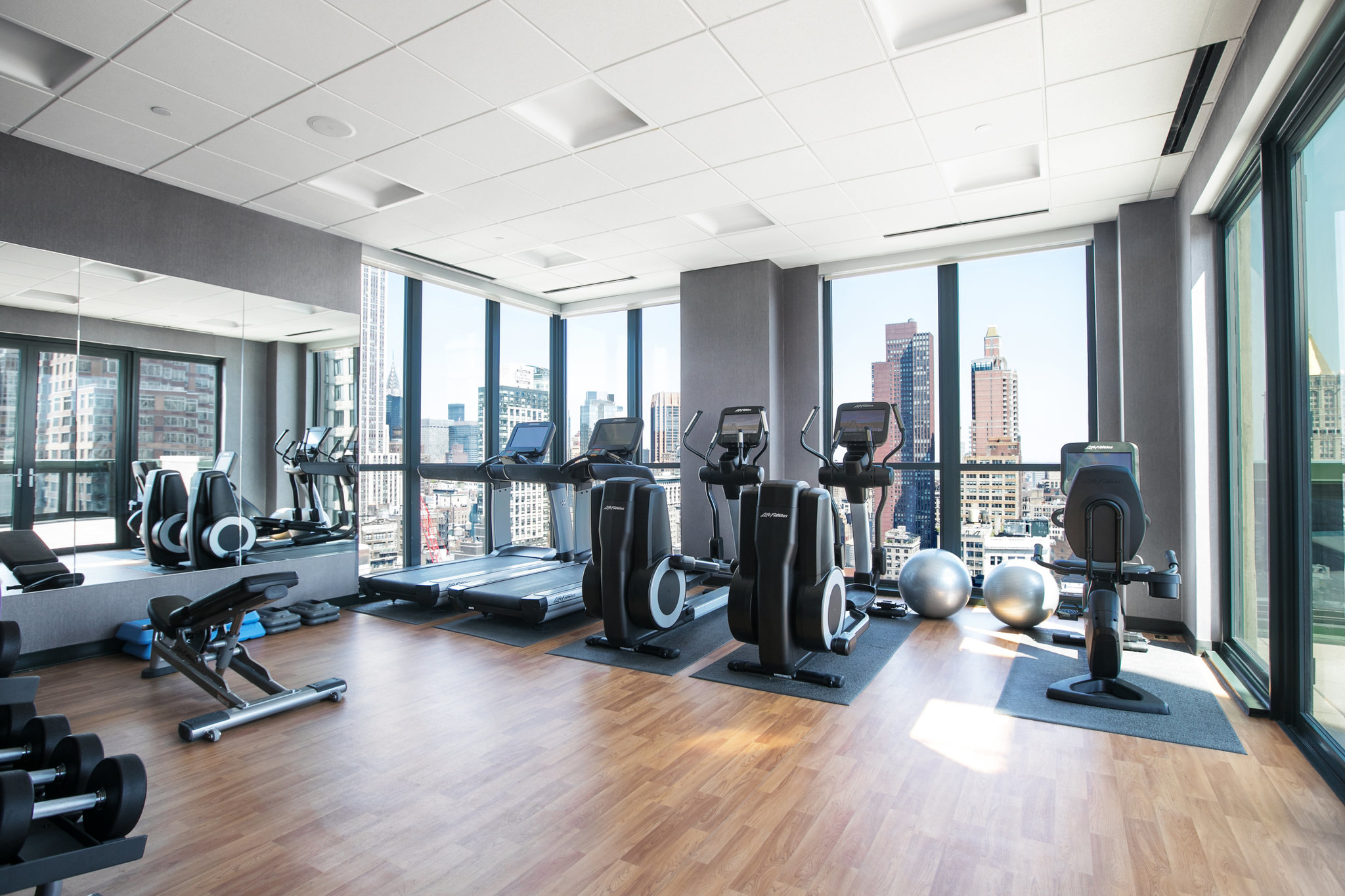 Home Gym Design: How To Design A Perfect Hotel Rooftop