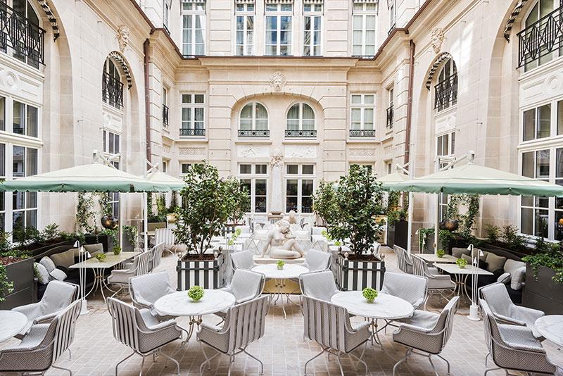 The hotel's Cour d'Honneur