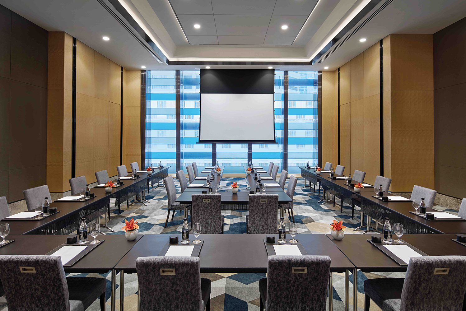 For events, the property will have 20,000 square feet of meeting spaces across 10 flexible venues.
