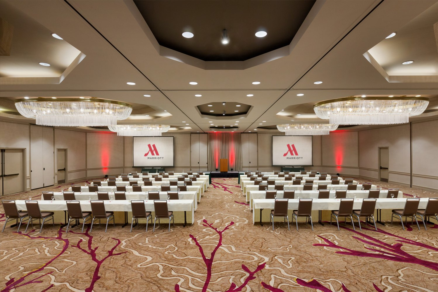 The Walnut Creek Marriott has over 19,700 square feet of meeting space.