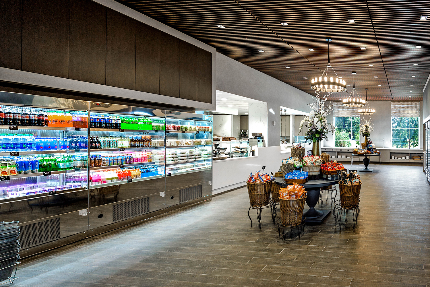 The Hilton Columbus at Easton's new lobby bar, Easton Social, is joined by a new restaurant called Herb N' Kitchen.