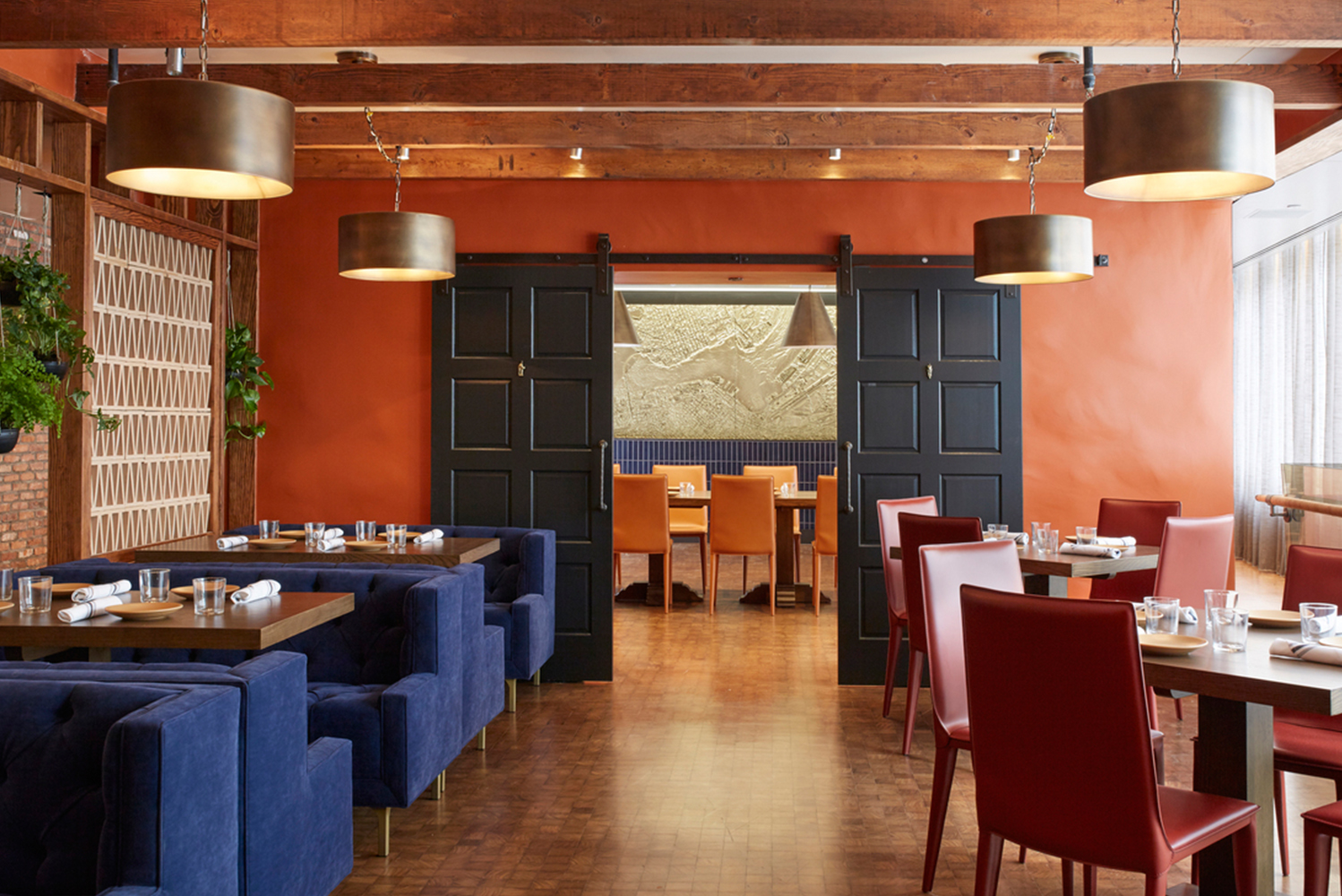 Design firm Ware Malcomb completed the new restaurant, bar and lounge area of the Kimpton Hotel Palomar.