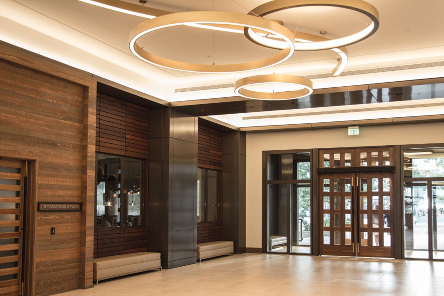 Wilson Associates, interior architect for Omni Frisco, included regional nuances throughout the interior, including its love of football and for the Dallas Cowboys.