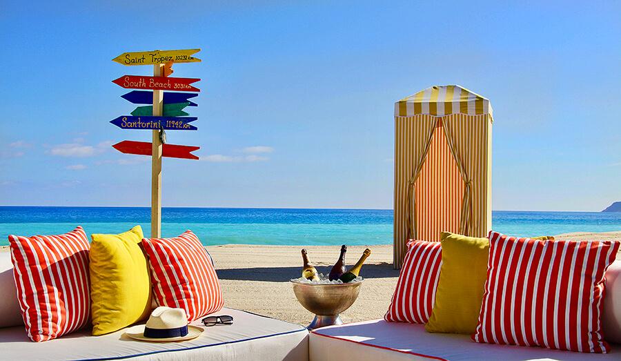 Beach Pop-Up Champagne Bar