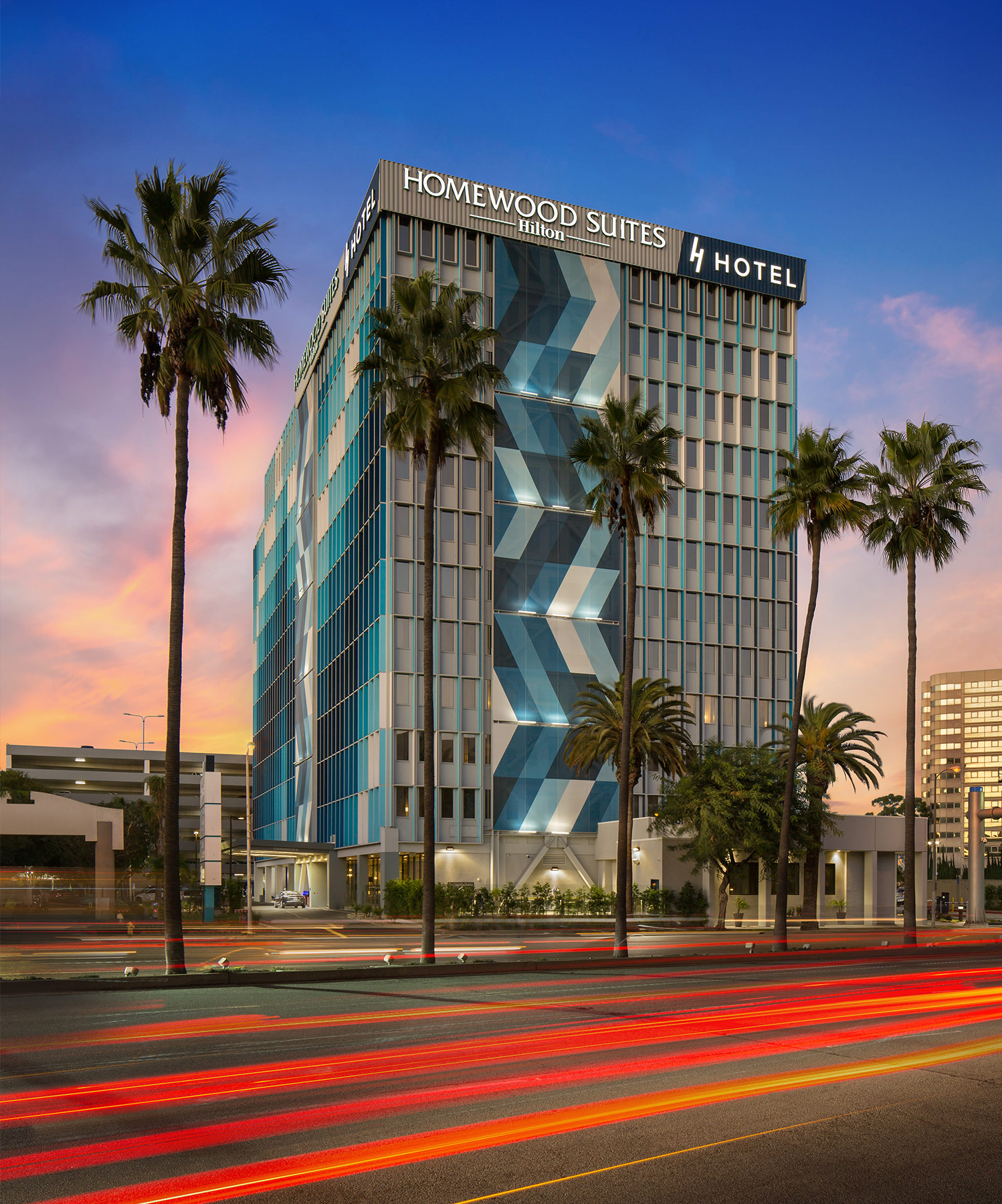 R.D. Olson Construction completed H Hotel, a 12-story, 260,000-square-foot project located adjacent to Los Angeles International Airport (LAX).