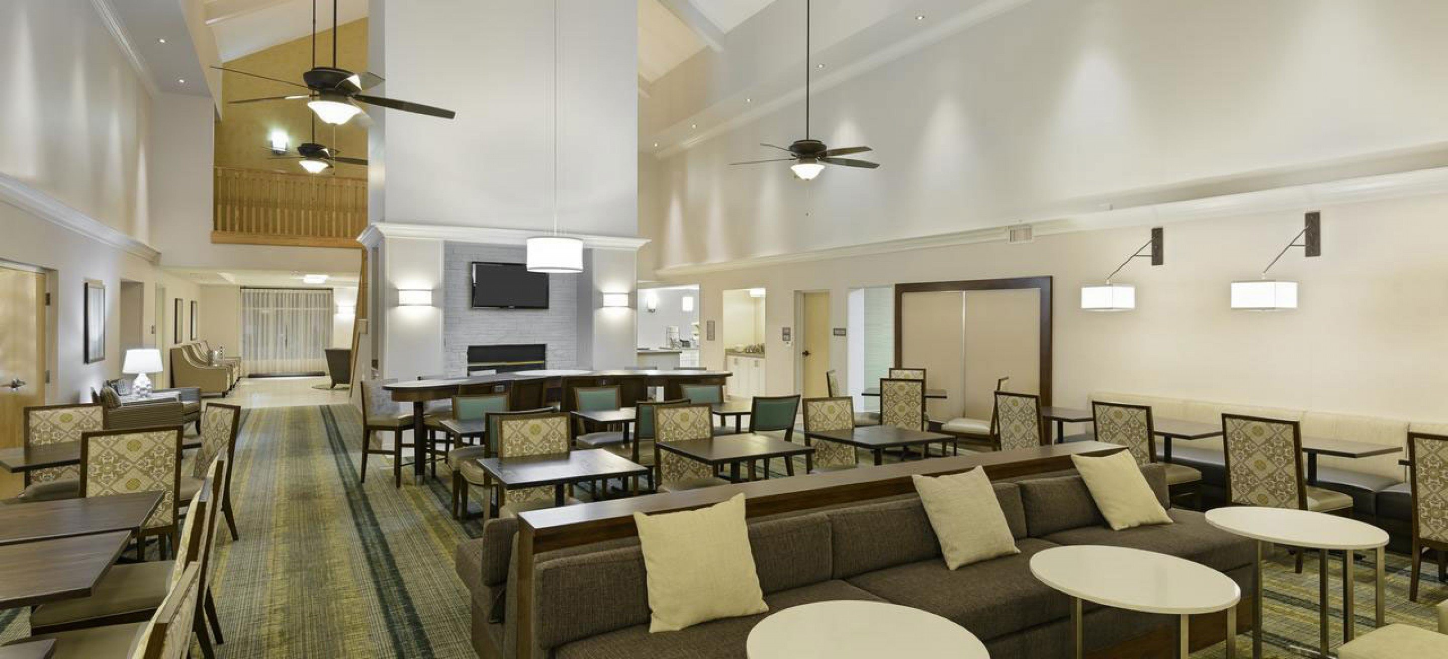 The Gettys One team implemented Hilton's Take Flight initiative for the Homewood Suites in the Phoenix-Metro Center Hilton.