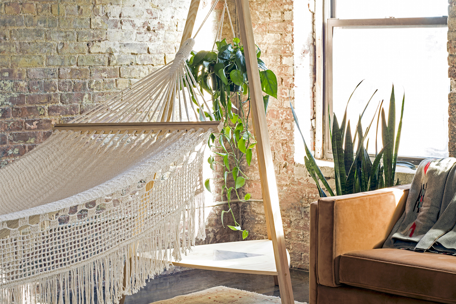 Brooklyn-based furniture design collective Pouch launched a collection of indoor hammocks and hanging chairs.