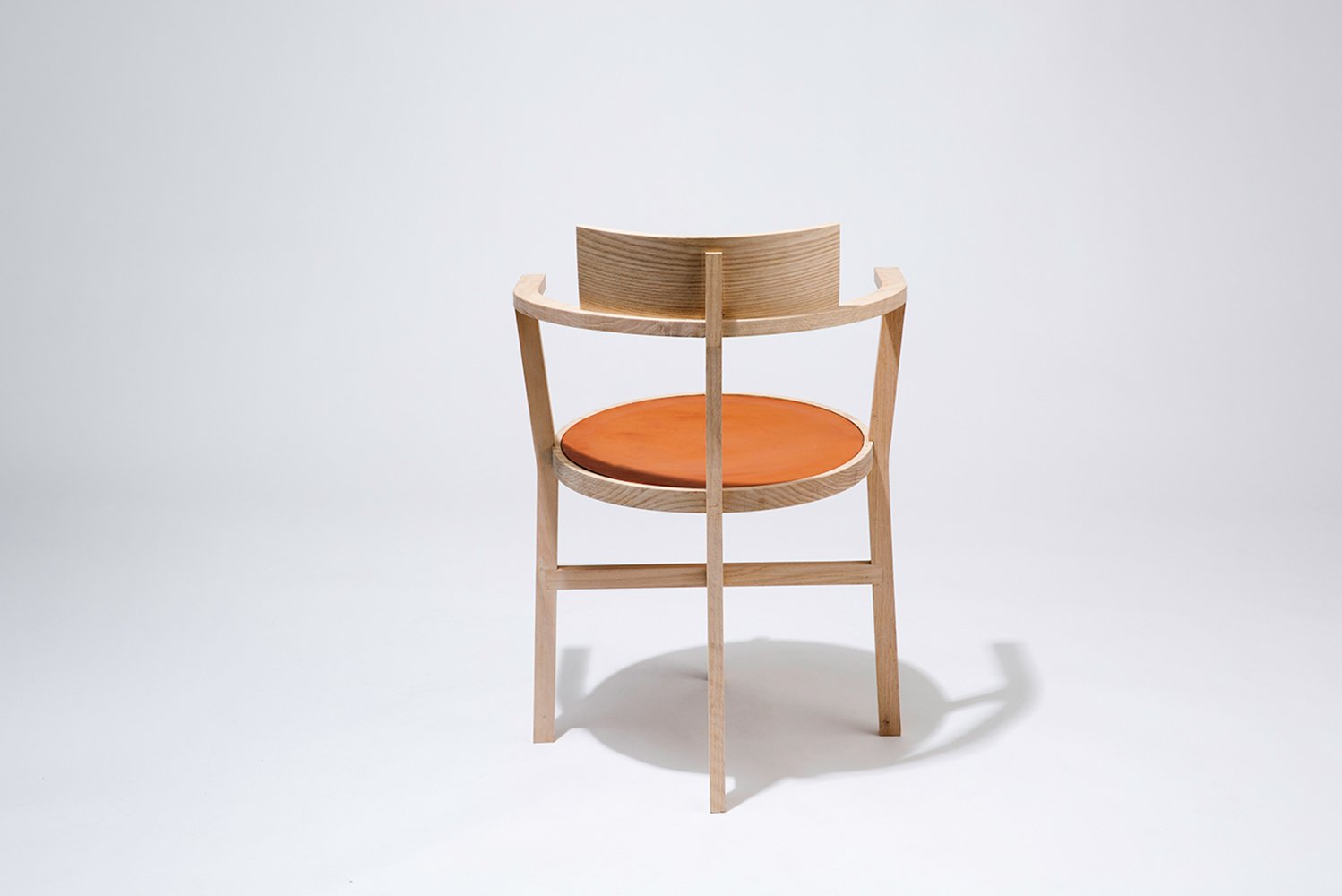 The series consists of a variety of furniture pieces, objects and lighting pieces.
