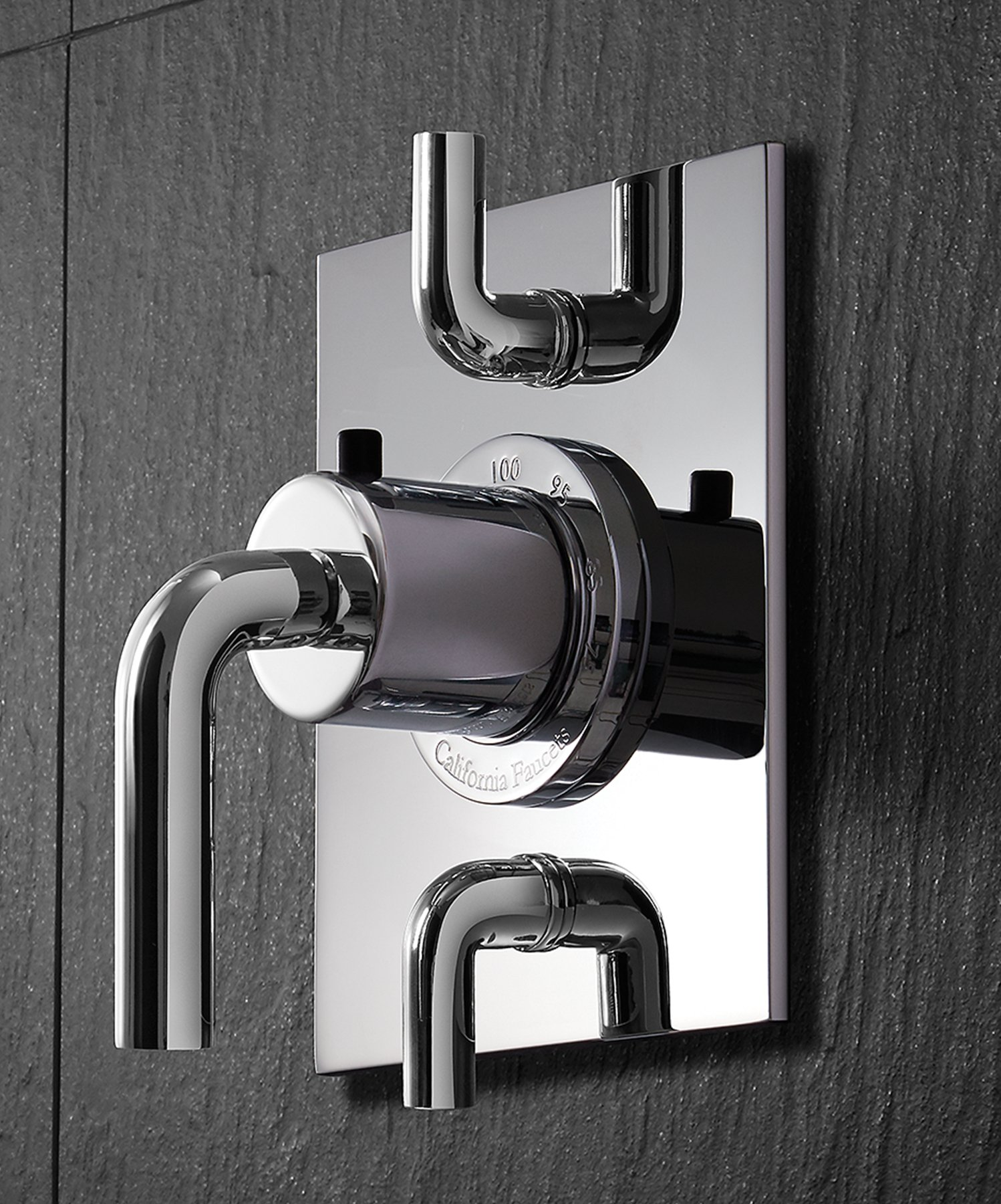 The StyleTherm TH52D2 is a two-outlet valve that allows for installation of multiple showering devices.