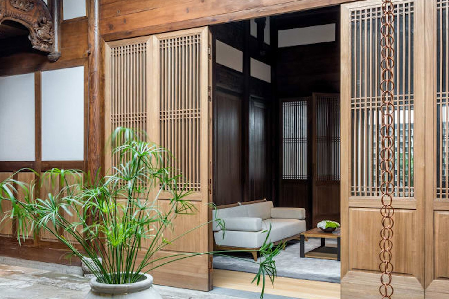 Each 700-square-foot accommodation pays homage to the structure of the Chinese courtyard home with two private courtyards attached to each one.