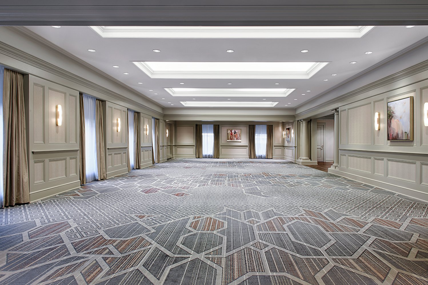 The meeting space and pre-function renovation areas on the second and third floors were also refreshed.