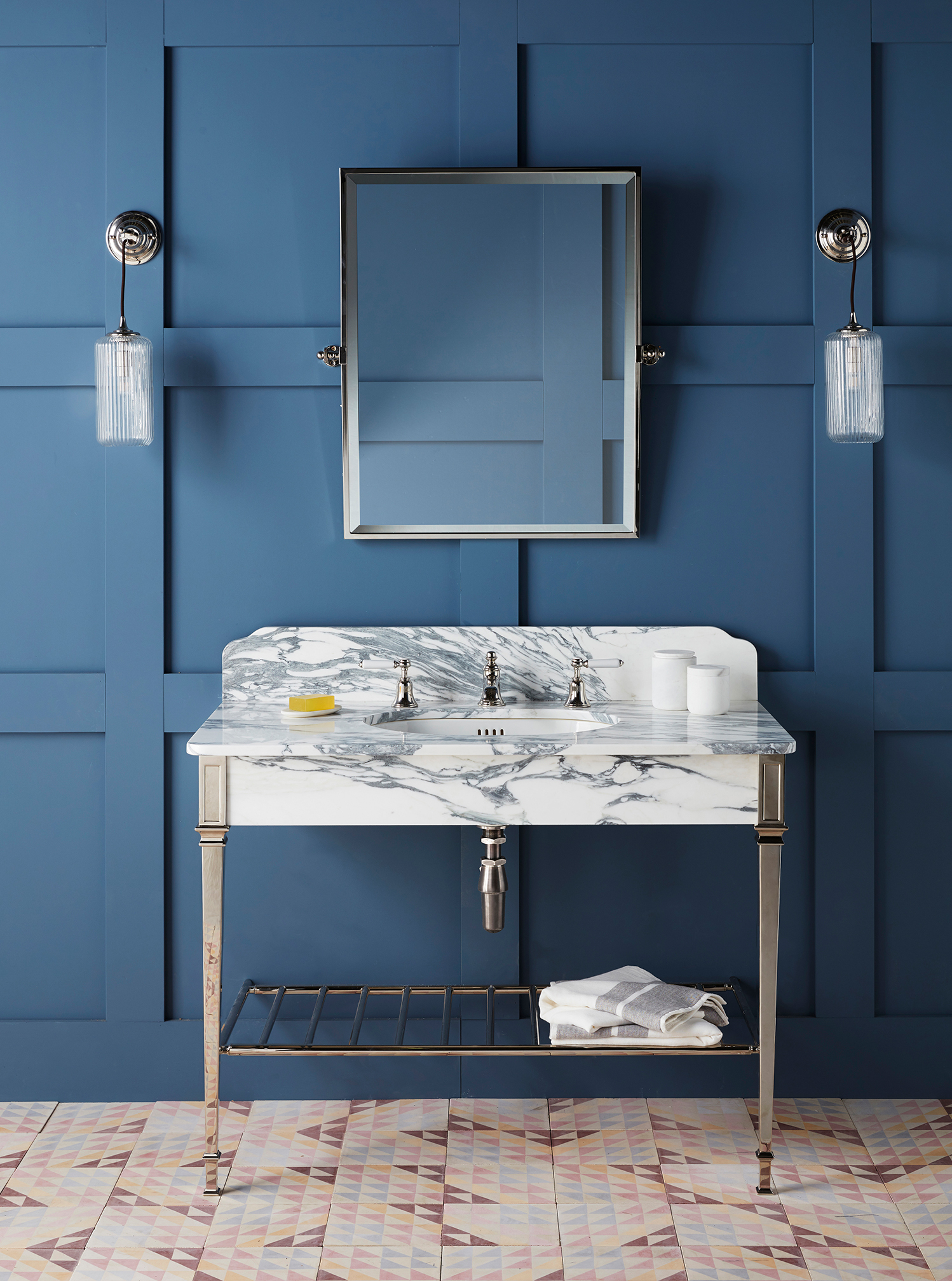 Called Thames, the collection is an adaptation of the original Hebdern design, with a shelf added for storing towels or baskets of toiletries.