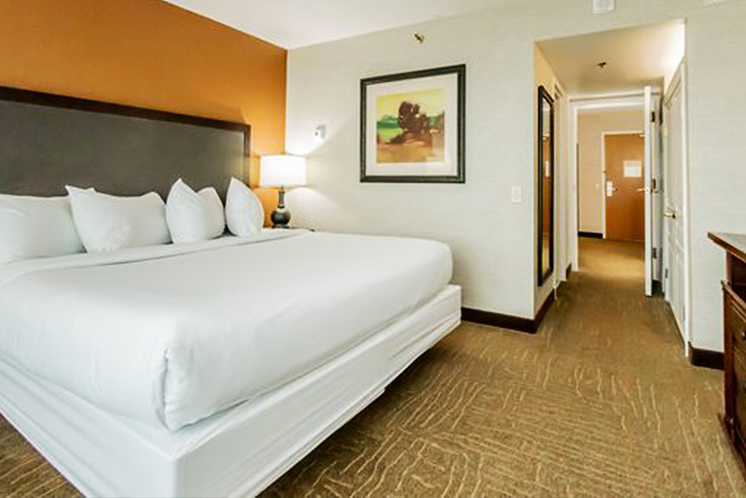 Embassy Suites by Hilton completed a $7.7-million renovation of the Hilton Suites Lexington Green.