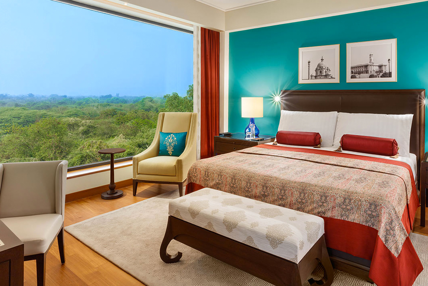 All rooms and suites have large windows that frame views of Delhi Golf Course on one side and the UNESCO World Heritage site of Humayun's Tomb on the other.