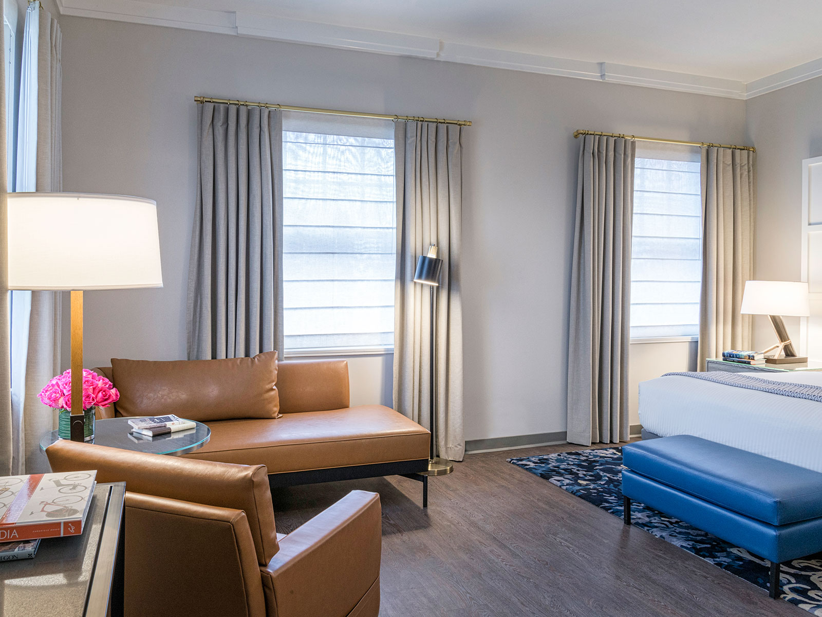 A soft, neutral palate runs throughout the guestrooms from the whitewashed wood paneled walls to the warm wood flooring.