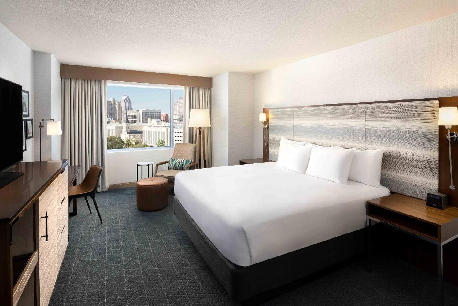 The rooms now have new Hyatt Grand beds, 55-inch flat-screen televisions, indigo carpeting, ivory wall coverings, and wooden tones of teak and birch.