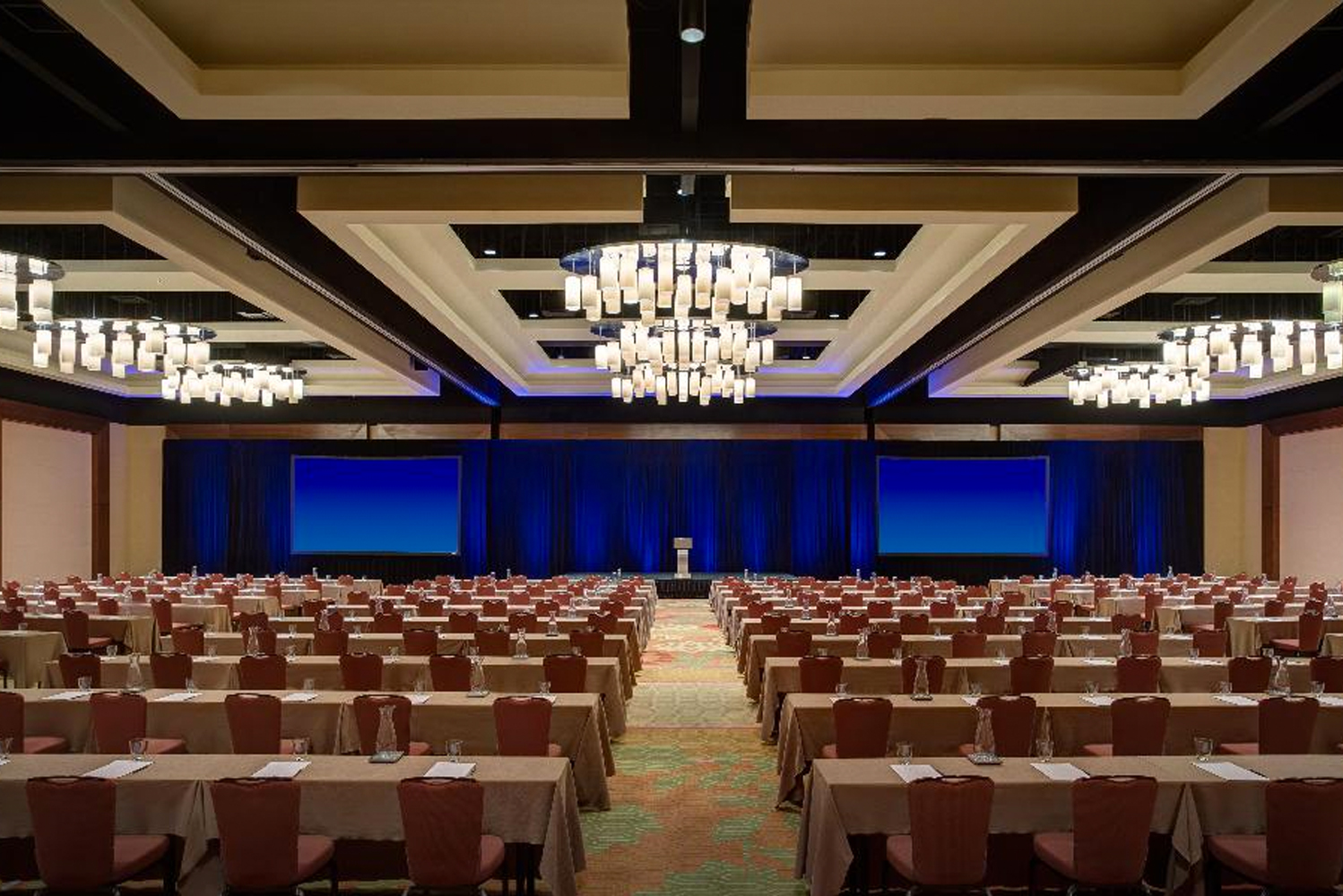 Grand Hyatt San Antonio has 115,000 square feet of indoor and outdoor space for events.