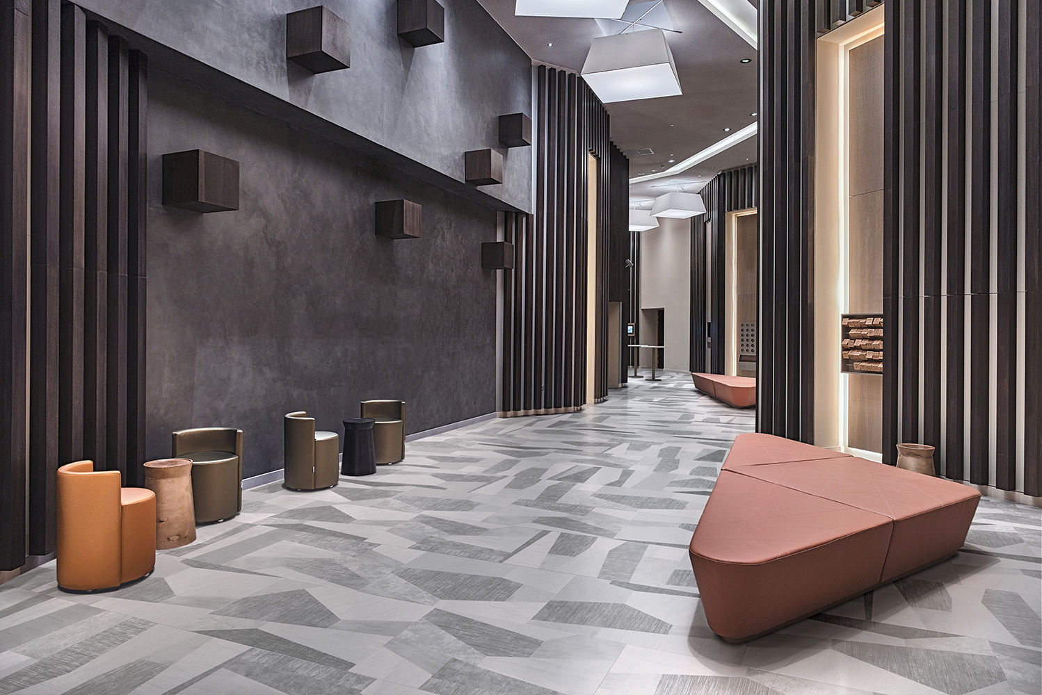 Palladiana is a combination of micro-patterns and color nuances, brought together within one porcelain stoneware tile.
