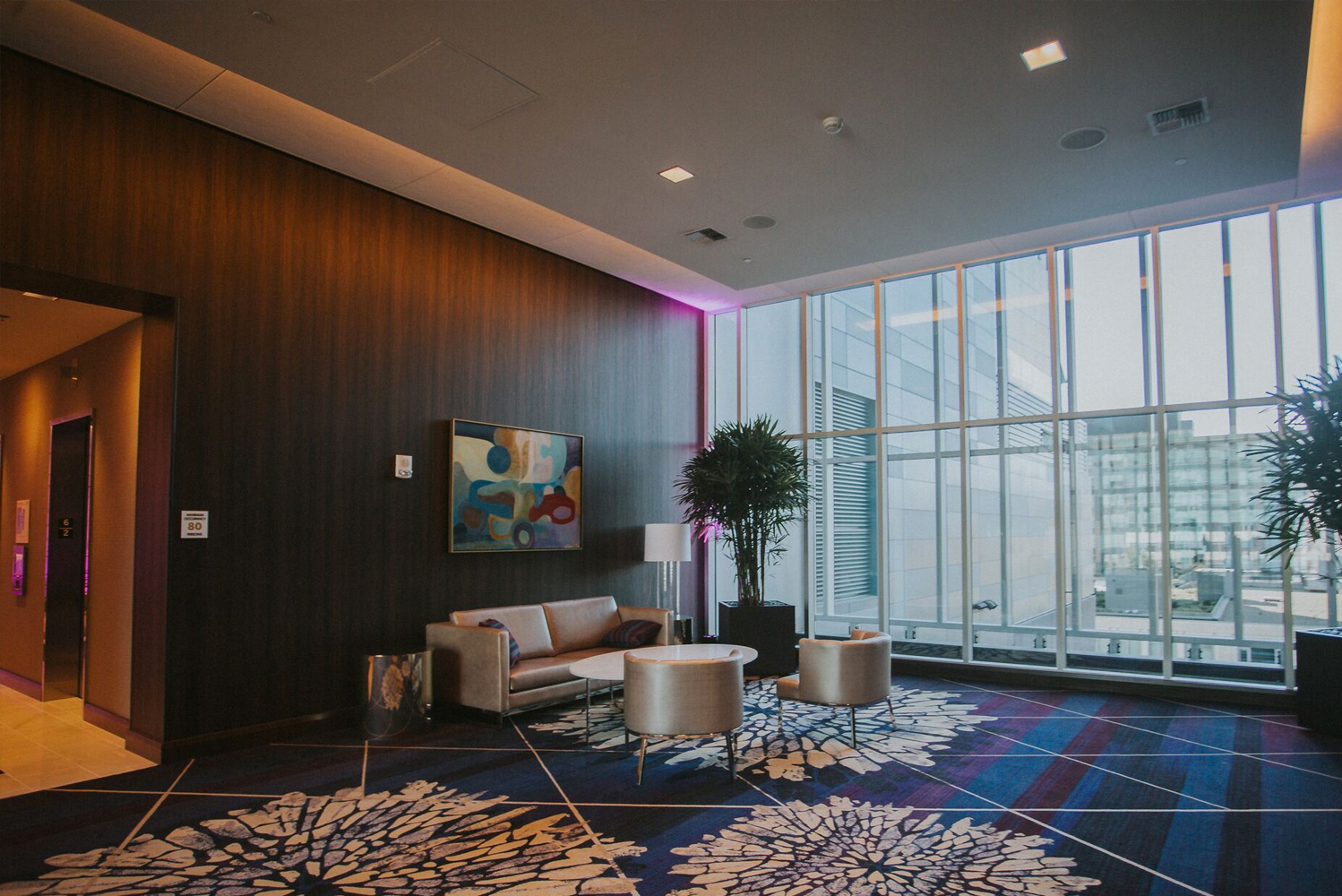 Involved in the design of the property was Degen & Degen. Photo credit: Jenna Lynn Photography, courtesy of Embassy Suites by Hilton Seattle Downtown Pioneer Square