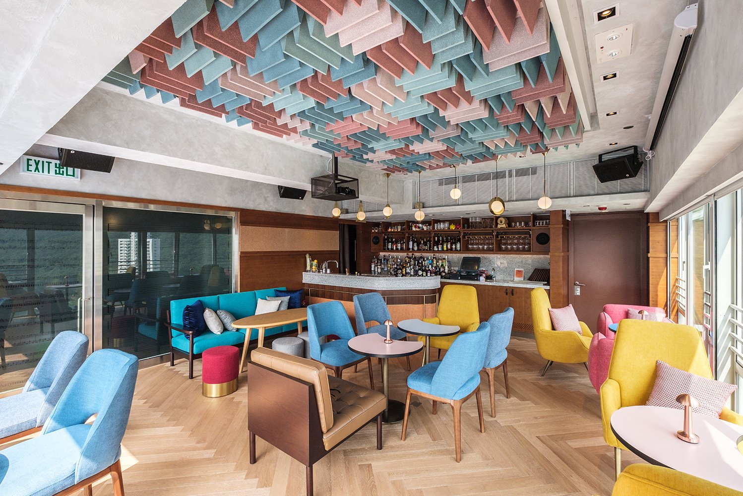 Studio HBA – a division of Hirsch Bedner Associates (HBA) – refreshed the social spaces of Ovolo Southside.