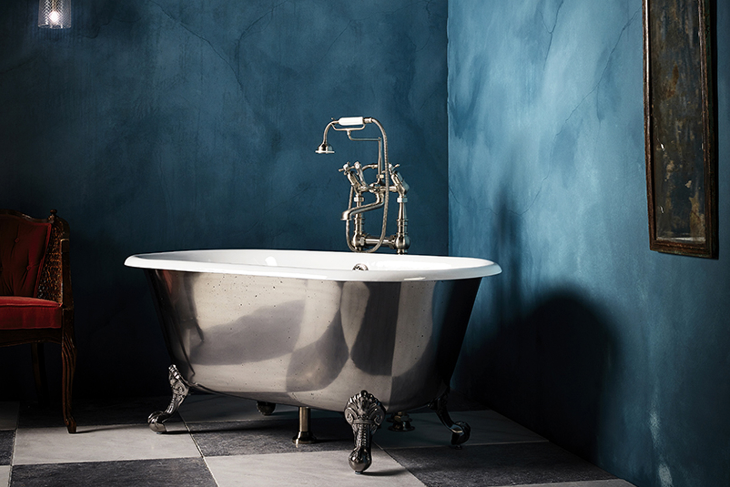 Drummonds introduces the Ashburn bathtub, which comes in four bespoke finish options.