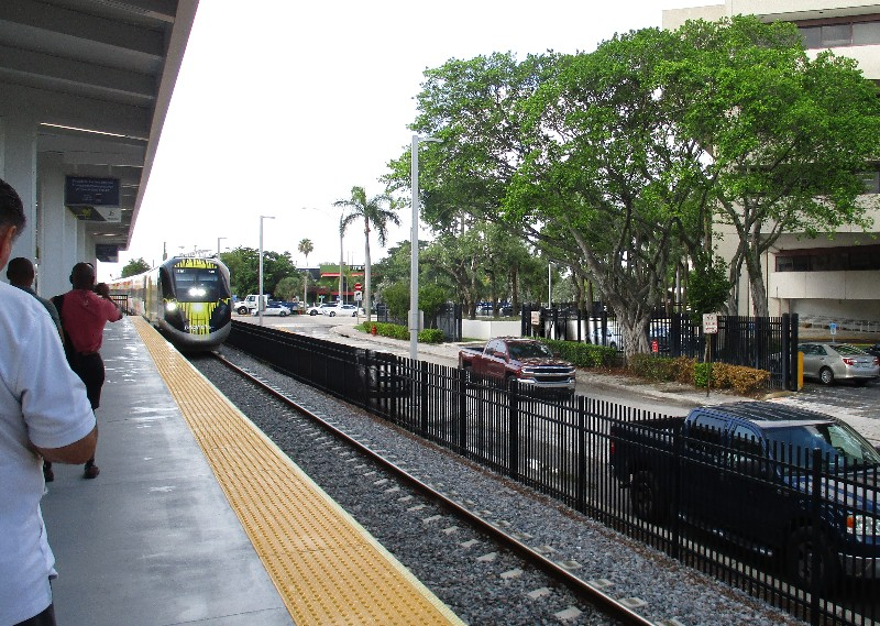 A Brightline train bound for West Palm Beach pulls into the Fort Lauderdale station.