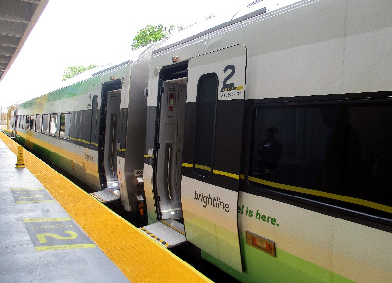 Brightline's train are new, easy to enter and the center aisle is wide. Seats have connectivity to free WiFi.