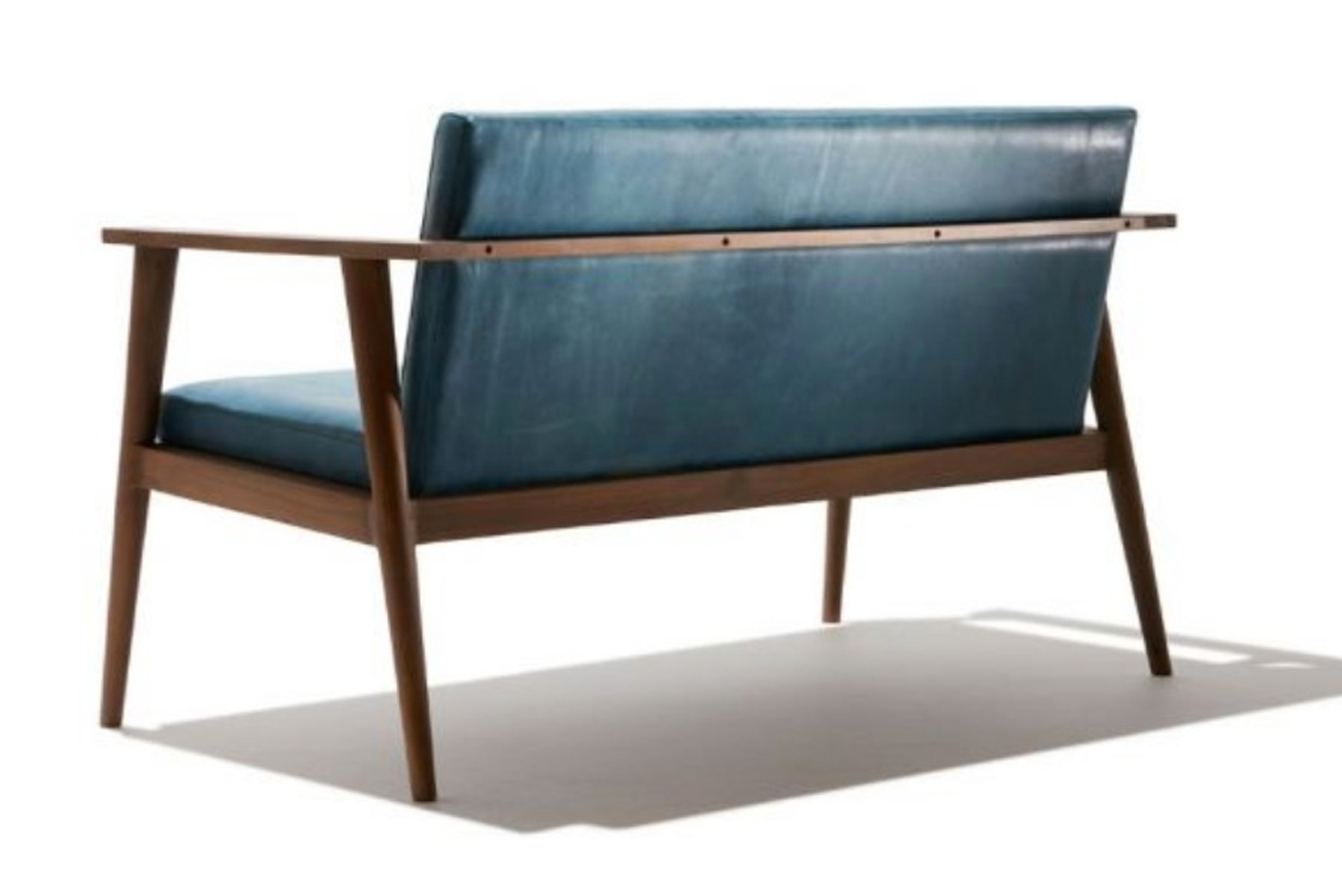 Copenhagen is made of 100% FSC reclaimed teak and leather.