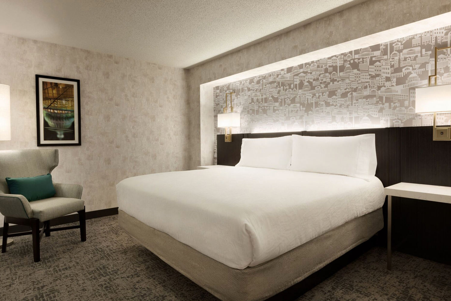 The renovation encompassed the top-to-bottom renovation of all 300 guestrooms and suites, bathroom upgrades and refresh of guestroom corridors.
