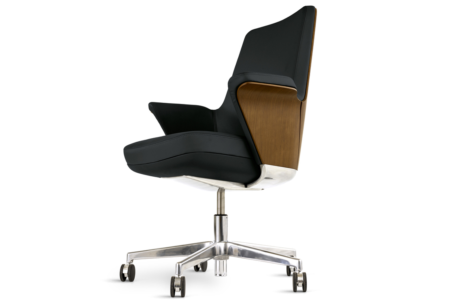 Unlike most chairs that have exposed levers for adjusting height, recline and tension, Summa's height-adjustment lever is integrated into the seat.