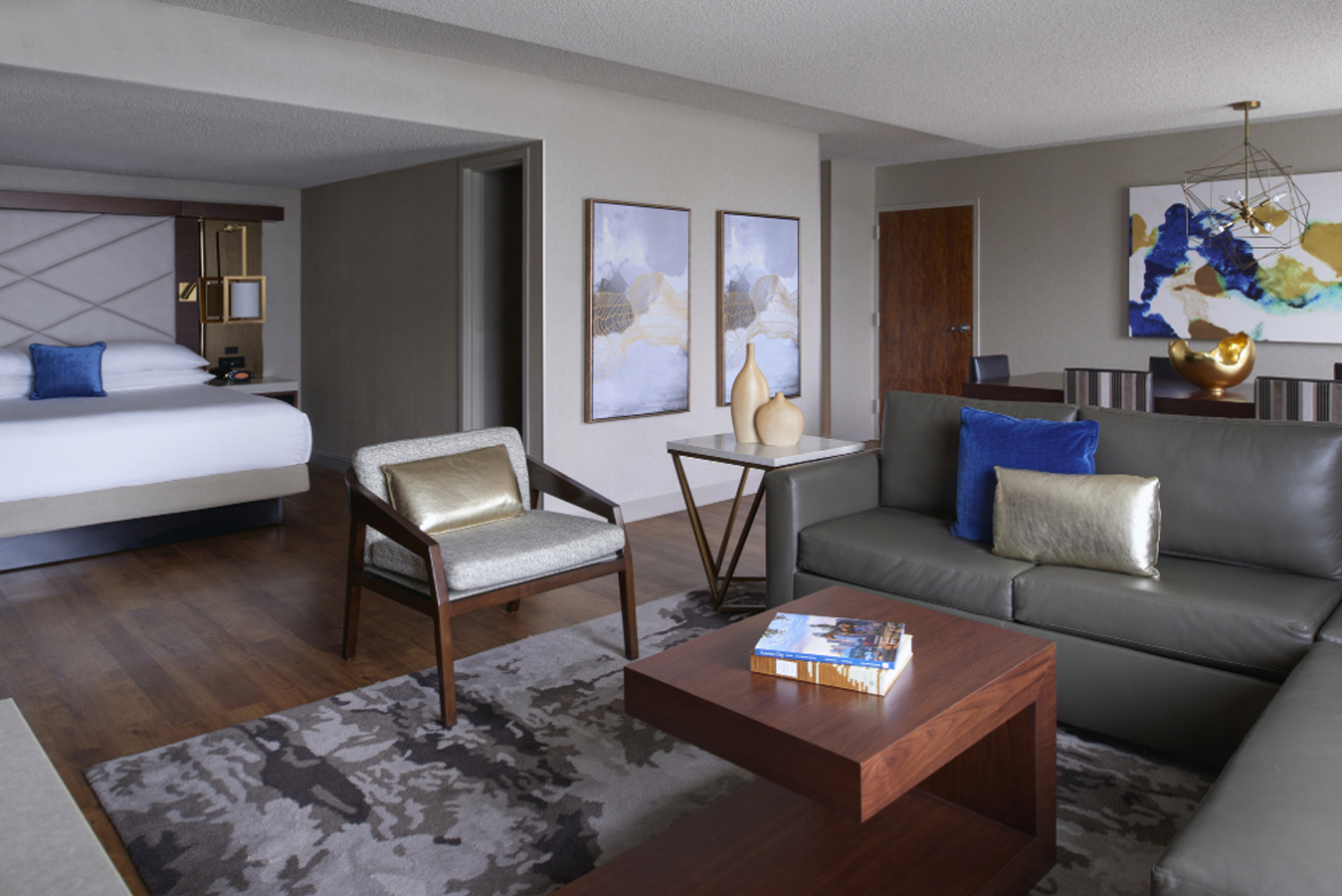 Hospitality interior design firm Paradigm Design Group unveiled a new full redesign of the Kansas City Airport Marriott.