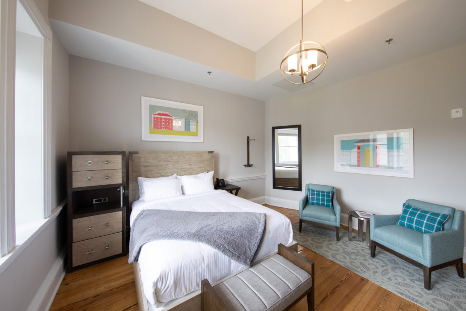 The locally-owned 49-room hotel is housed in a historic, Jeffersonian-style building.